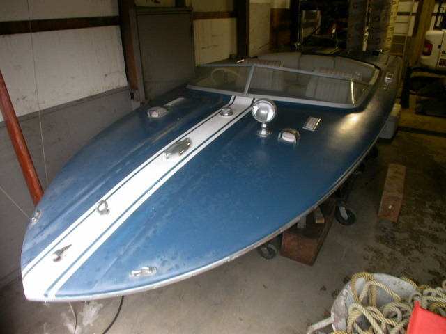Classic Vintage Antique Wooden Boats for sale brokerage Chis